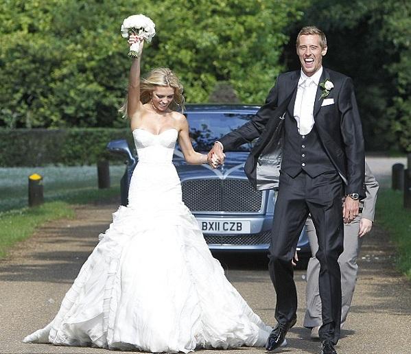 Питер Крауч наконец-то женился на своей девушке Эбби Клэнси