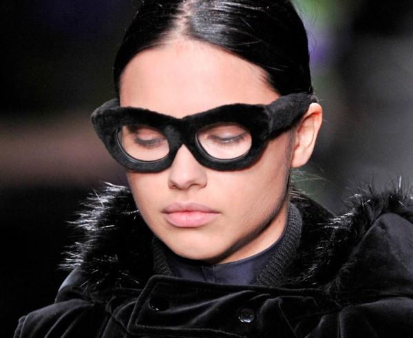 Givenchy представил свою первую коллекцию очков