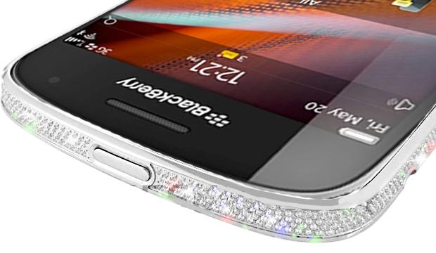 Кристально-платиновый BlackBerry 9900 от Crystal Rocked