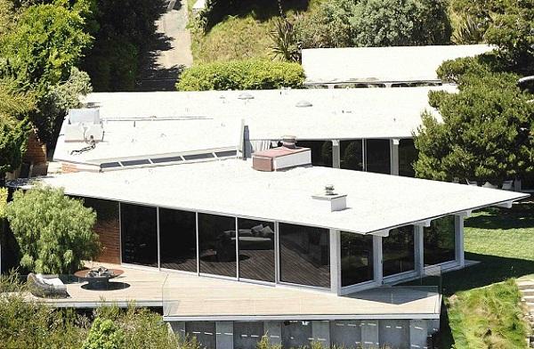 Дом Питта и Джоли выставлен на продажу за ,75 млн