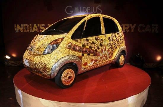 Золотая Tata Nano стала дороже двух Bugatti Veyron