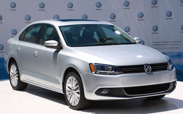 Седан Volkswagen Jetta 2011