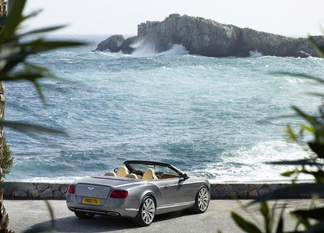 Кабриолет Bentley Continental GTC