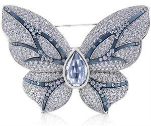 Бриллиантовая бабочка от De Beers