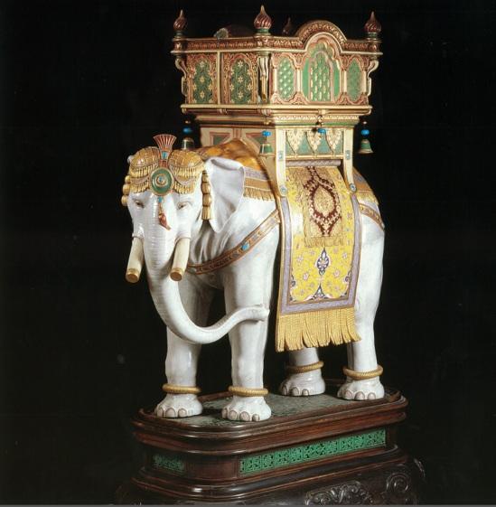 Керамические слоны 1889 года уйдут с молотка за  млн.