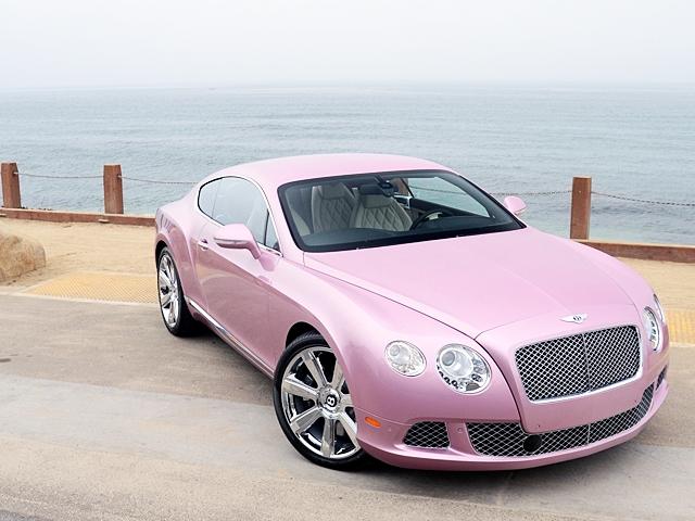 Розовый Bentley GT уйдет на благое дело