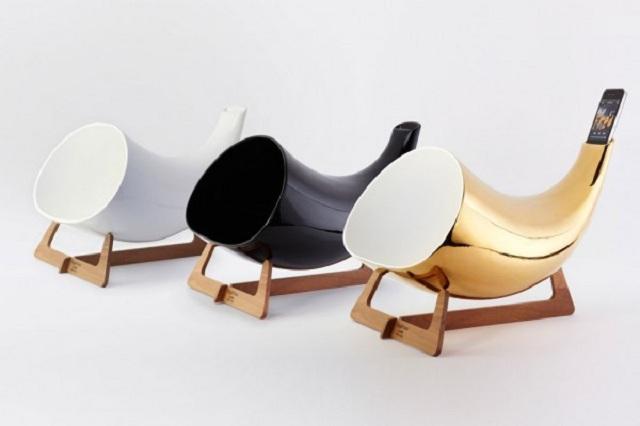 Гламурный усилитель для iPhone от En&Is Design
