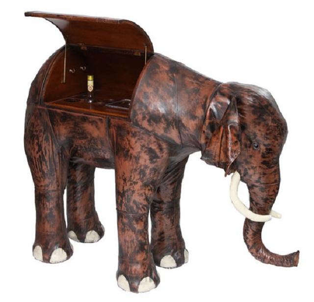 Мини-бар в виде слона 1960 года выставили на аукционе
