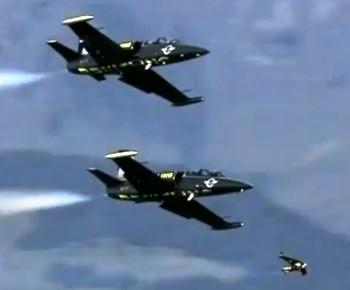 Jet Man Ив Росси полетал над Альпами