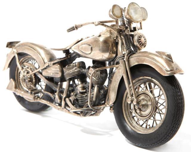 Реликвенный Cartier Silver Harley Davidson