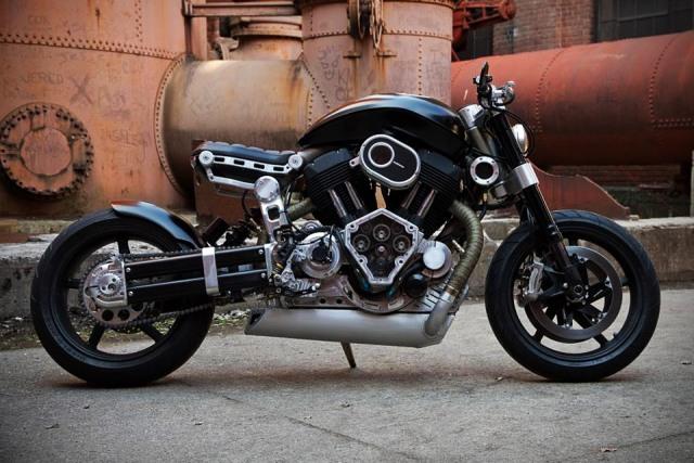 Мотоцикл Confederate X132 Hellcat в честь истребителя времен Второй мировой
