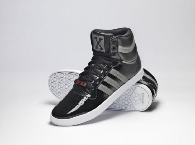 Лимитированная серия кроссовок NFS от Adidas