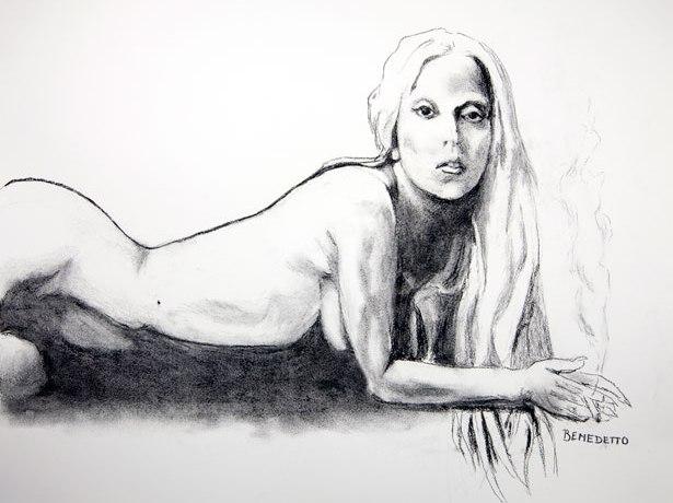 Обнаженная Леди Гага продана