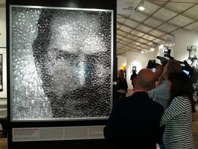 Портрет Стив Джобс. Взгляды миллионов продан