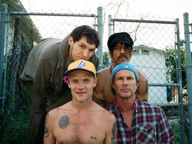 Абрамович встретит 2012 год с Red Hot Chili Peppers