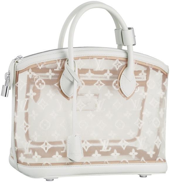 6347d3ee6aa8 Цены на представленные ниже в галерее сумки Louis Vuitton SS 2012  начинаются от 1880, за классический прозрачный клатч «Lockit», и достигают  101 000 ...
