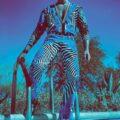 Versace в кампании весна-лето 2012
