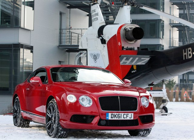 Новый Bentley V8 Continental GT полетал над Мюнхеном
