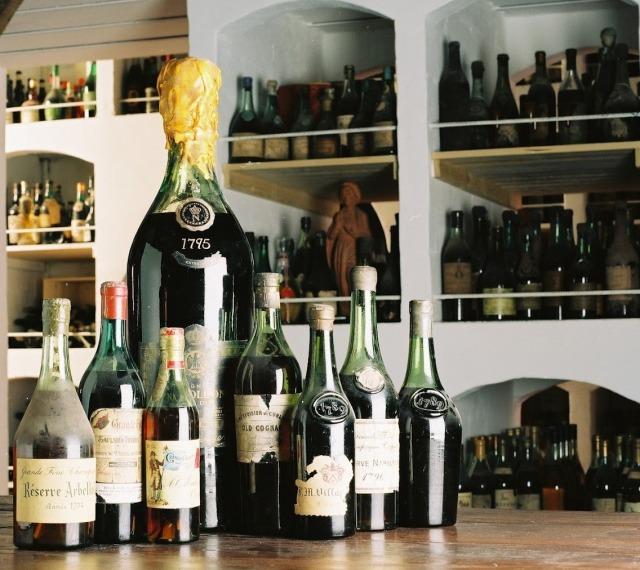 Крупнейшая коллекция алкоголя продается за $ 8 млн