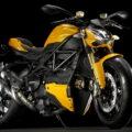 Уличный боец Ducati 2012 Streetfighter 848