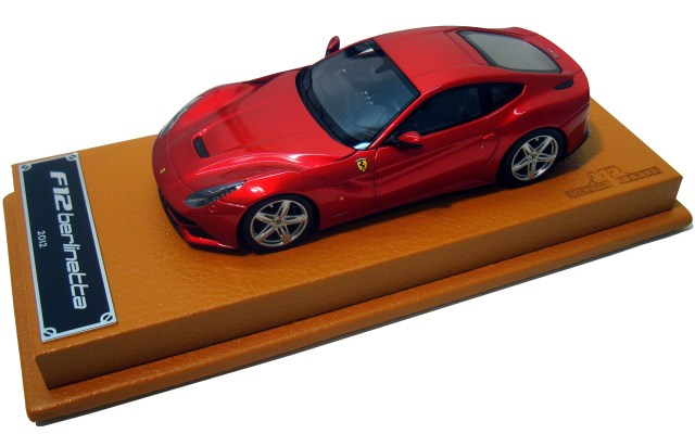 Ferrari F12 Berlinetta 1:43 продается за 231 евро