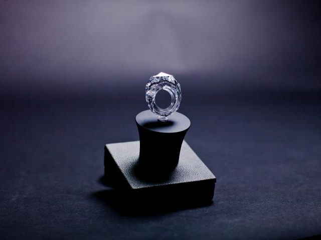 Дражайшее в мире кольцо из бриллианта