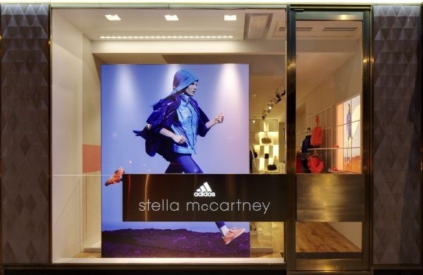 Бутик Adidas и Stella McCartney в Лондоне