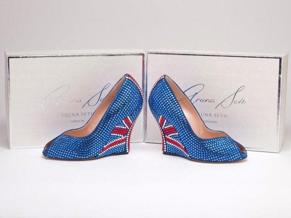 Роскошная обувь Аруны Сет в честь Елизаветы II