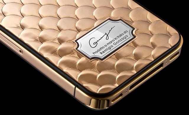CAVIAR – золотой Apple iPhone 4s ручной работы от итальянцев