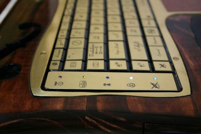 Ноутбук Datamancer Victorian Laptop - викторианский Максимус