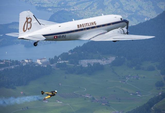 Ив Росси полетал с Breitling Douglas DC-3