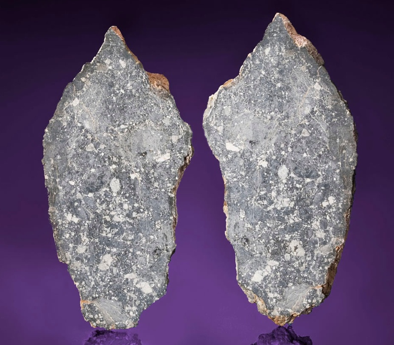 Лунный метеорит продан на аукционе за 0 000