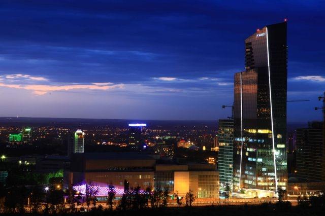Есентай Парк - люксовый торговый центр в Алматы, Казахстан