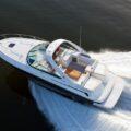 Sea Ray 370 Venture - спортивный круизер