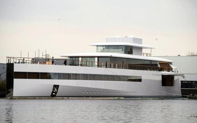 Яхта Венера свободна и уплывет в США
