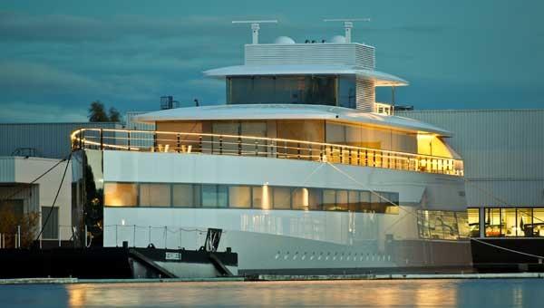 Яхта Венера Стива Джобса арестована