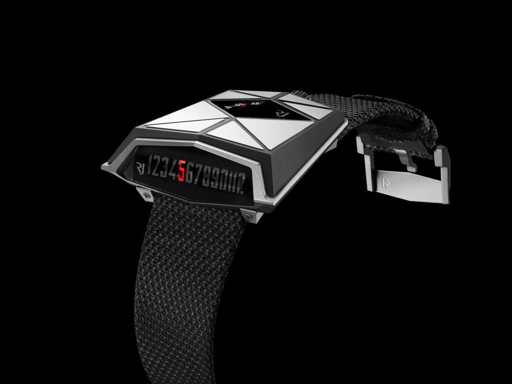 Космические часы Romain Jerome Spacecraft