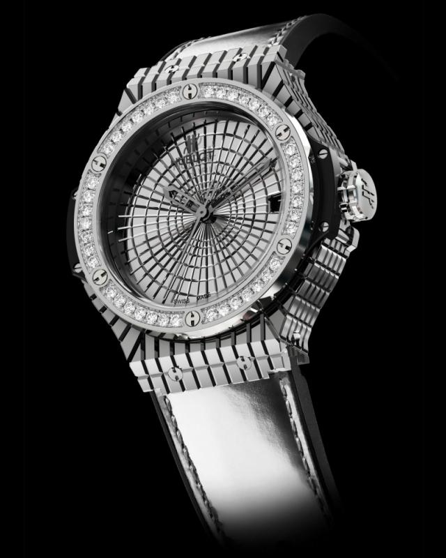 Часы Hublot Big Bang Caviar в золоте и бриллиантах