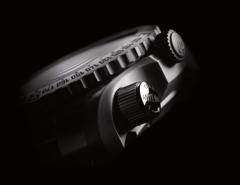 Breitling Emergency II 3