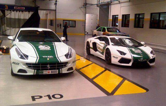Ferrari FF & Lamborghini in Dubai Police