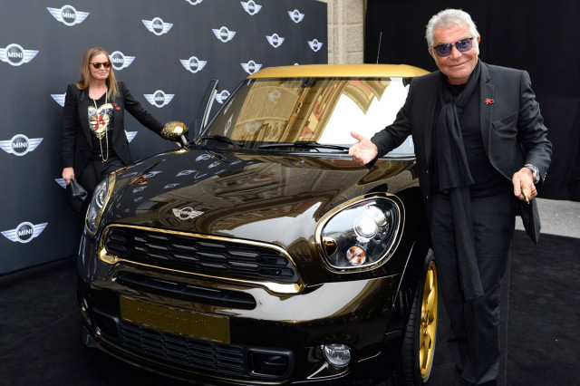 A Mini Paceman designed by Italian fashion icon Roberto Cavalli has been auctioned at the 21st Life Ball charity event in Vienna for $195,000