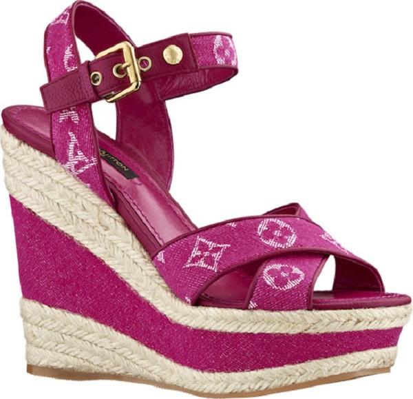 Летняя коллекция обуви из денима Monogram Denim от Louis Vuitton