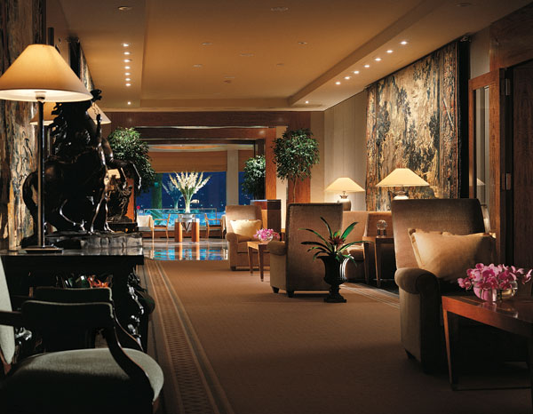 Royal penthouse suite for Royal penthouse suite hotel president wilson