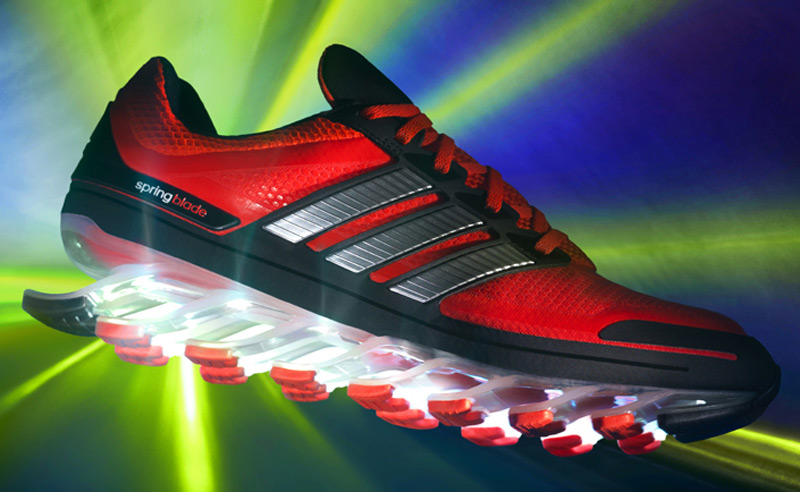 Adidas выпустил инновационные беговые кроссовки Springblade