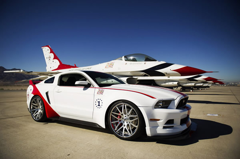 Ford Mustang GT U.S. Air Force Thunderbirds Edition продан на аукционе за 8 тыс