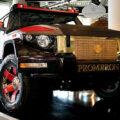 Канье Уэст купил два бронированных джипа Dartz Motorz за $2,5 млн