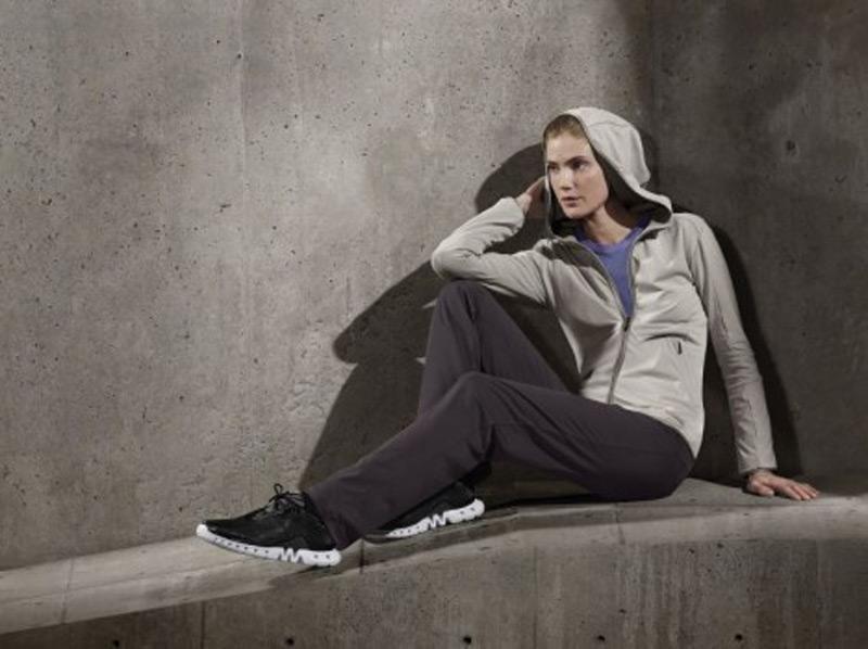 Porsche Design и Adidas представил спортивную коллекцию для женщин Easy Trainer