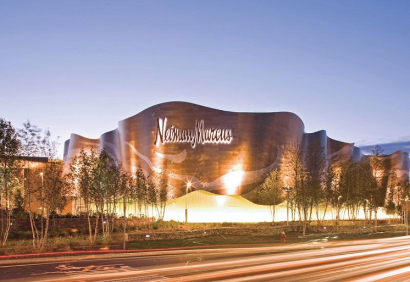 Люксовая торговая сеть Neiman Marcus продана за  млрд