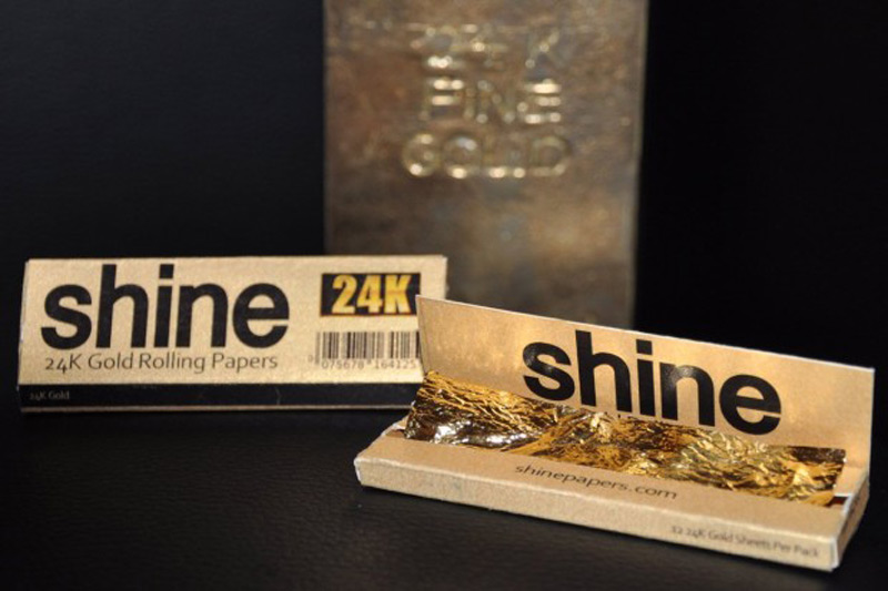24k gold rolling papers for sale 2 per pack 15 no less they go for 20 so don't bother asking for crappy prices real gold so gold is not cheap this is for high rollers.