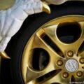 В Китае представили золотой BMW Z4 с тюннингом в виде дракона